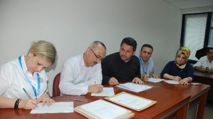 Yenişehir Ve Yeşilova'daki Yolların Tamiri İçin İhale