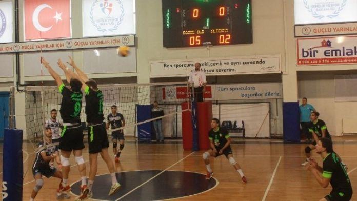 Voleybol Takımı Eskişehir'den Galip Döndü