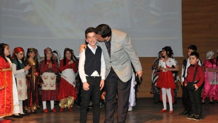 Keçiören'deki Türkü Yarışmasında Büyük Çekişme