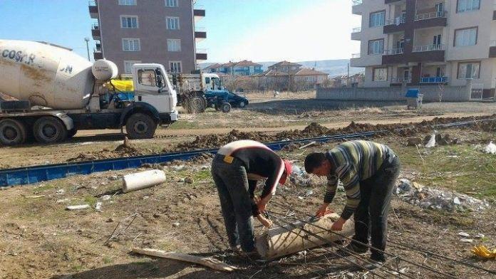 Çiçekdağı İlçesinde Park Ve Yol Çalışmaları Hız Kazandı