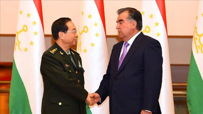 Çin Genelkurmay Başkanı Fang Tacikistan'da