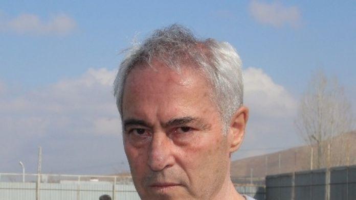 Elazığspor'da Demirbakan İstifa Kararı Aldı