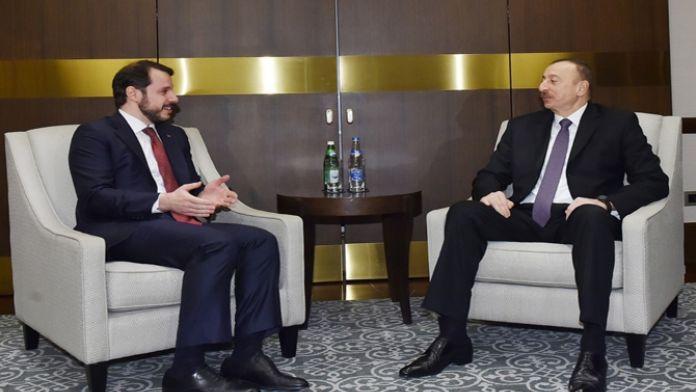 Azerbaycan Cumhurbaşkanı ile görüştü