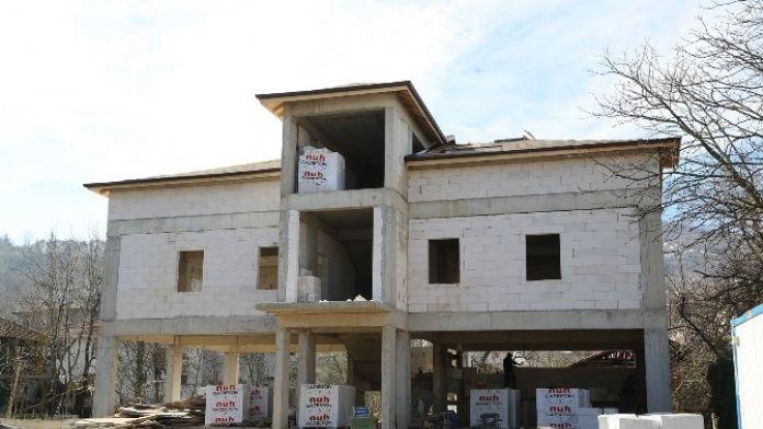 Kurtköy Kültür Merkezi Kaba İnşaatı Tamamlandı