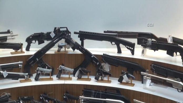 Eylemlere silah temin eden şebekeye operasyon