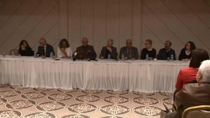 Intellectuals urge 'pluralistic, egalitarian and libertarian new Constitution'