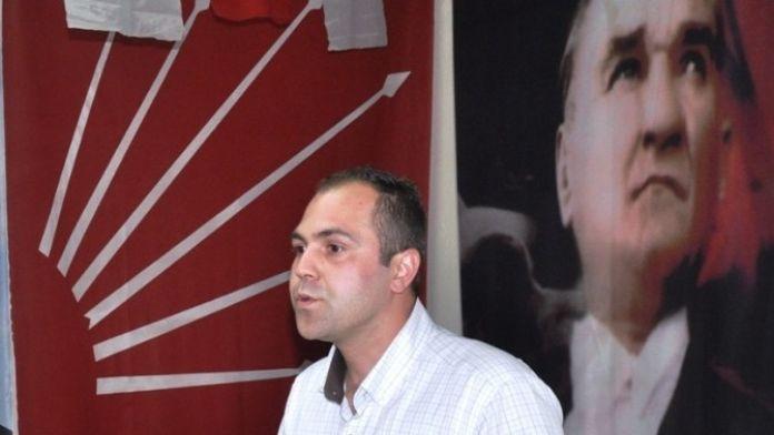 CHP'li Sinan Sarıküse Küçükmenderes'i Adımladı
