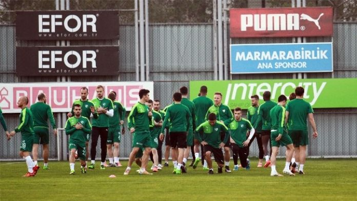 Bursaspor, ÇAYKUR Rizespor Maçı Hazırlıklarına Başladı