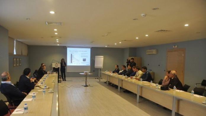Büyükşehir'den Akıllı Aydınlatma İle Enerji Tasarrufu Eğitimi