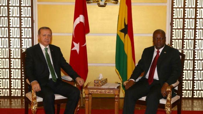 Erdoğan Gana Cumhurbaşkanı'yla görüştü