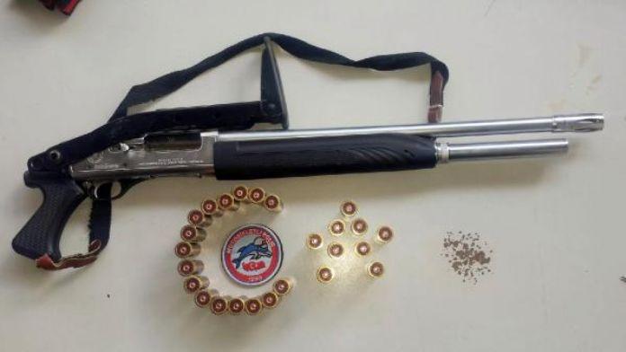 Şanlıurfa'da 25 silah ele geçirildi, 22 kişi gözaltına alındı
