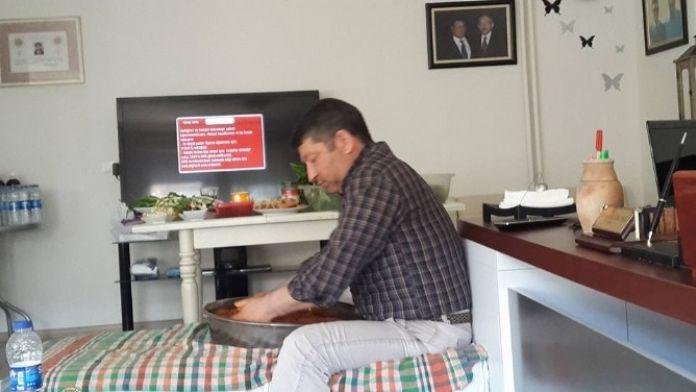 Partisinden İhraç Edilen Eski Başkan Sosyal Paylaşım Sitesinden Meydan Okudu