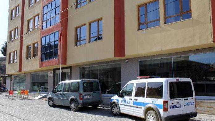 Kastamonu'da 'cemaat' operasyonu: 8 gözaltı