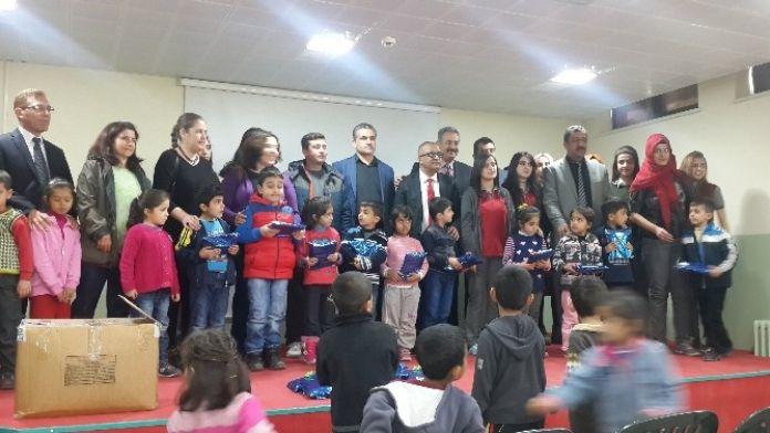 Çocuk Kitapları Yazarı Özeren, Öğrencilerle Bir Araya Geldi
