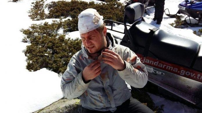 Uludağ'da Kayalardan Düştü, İmdadına Jak Yetişti