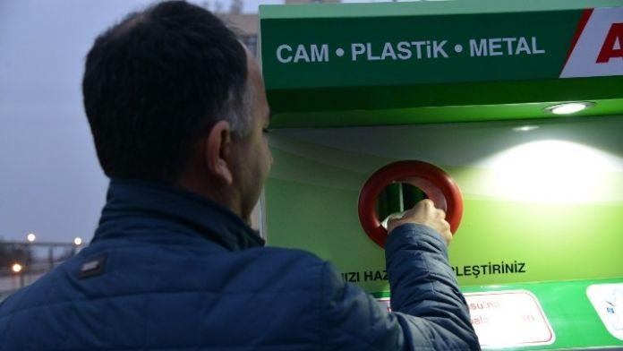 Atıkmatikle 'Çöpe Atma Geri Kazan' Dönemi Başladı