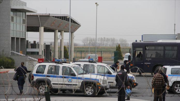 Yunanistan'ın kaçakları Türkiye'ye iadesi