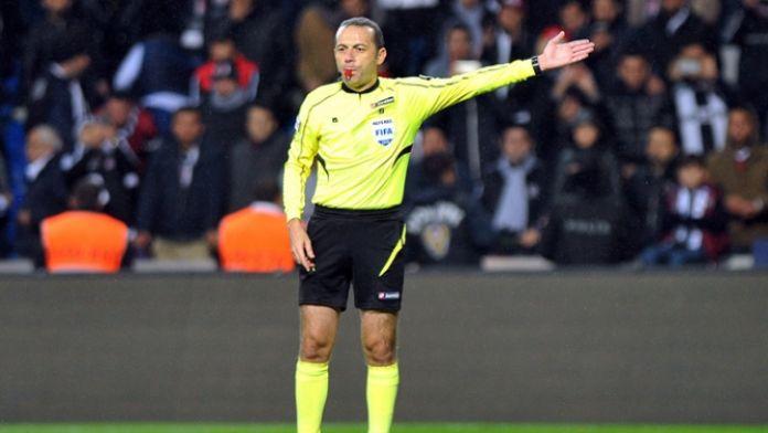 Cüneyt Çakır Euro 2016 listesinde