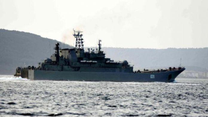 Akdeniz'e beraber inen Rus gemileri Karadeniz'e ayrı döndü