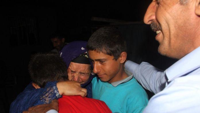 Bir annenin sevinç gözyaşları