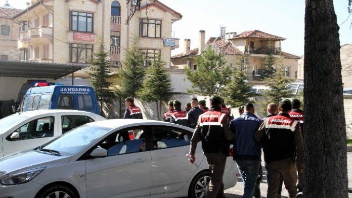 Jandarmadan Zehir Tacirlerine Şafak Operasyonu