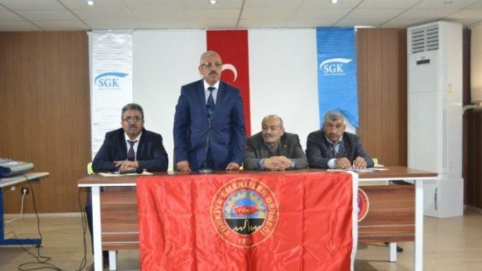 SGK Emeklilere Bilgi Toplantısı Düzenledi