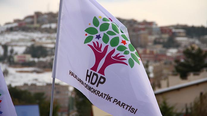 Batuhan Yaşar: 'HDP'de Neler Oluyor'