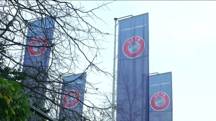 UEFA Galatasaray'ın cezasını açıkladı
