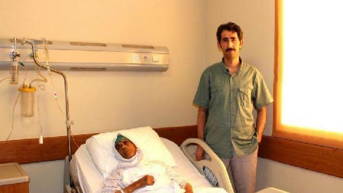 103 yaşındaki hastaya kalp pili takıldı