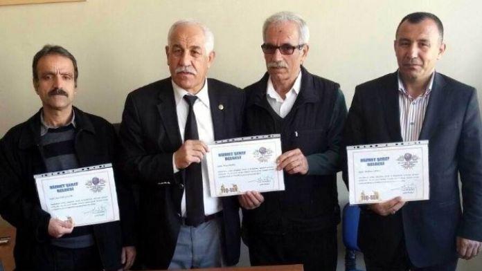 Teç-sen'den Emeklilere Hizmet Şeref Belgesi