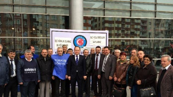 MHP'den Türk- İş Kampanyasına Destek Ziyareti
