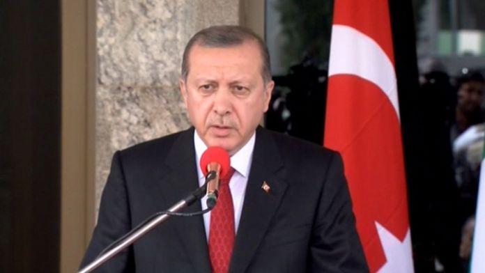 Selahattin Demirtaş'ın çağrısını yorumladı
