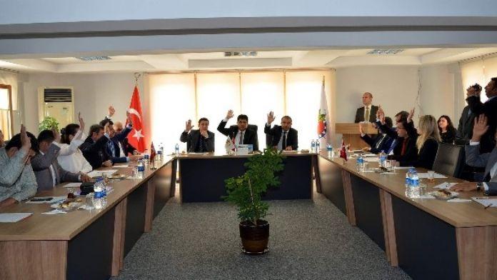 Kemer Belediyesi'nden Ankara Şehitlerinin Ailelerine Anlamlı Hediye