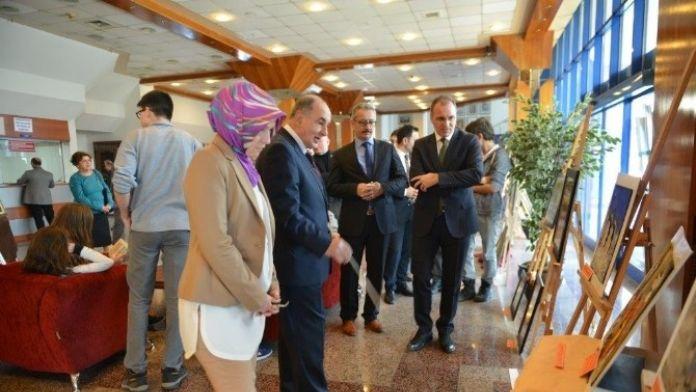 Ham Maddelerden Oluşan Sıra Dışı Sergi Sdkm'de Açıldı