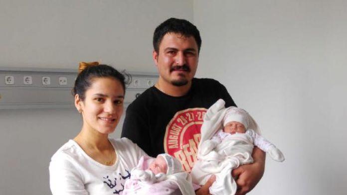 1800 ve 800 gram doğan ikizler hayata tutundu