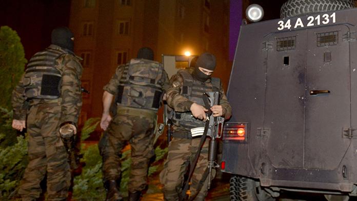 İstanbul'da 'CC' operasyonu: 25 gözaltı
