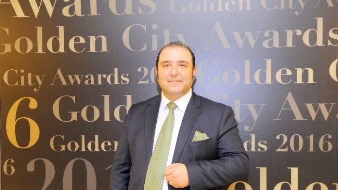 Cenap Tuncer: 'El Ele Gönül Gönüle Van İçin Buluşuyoruz'