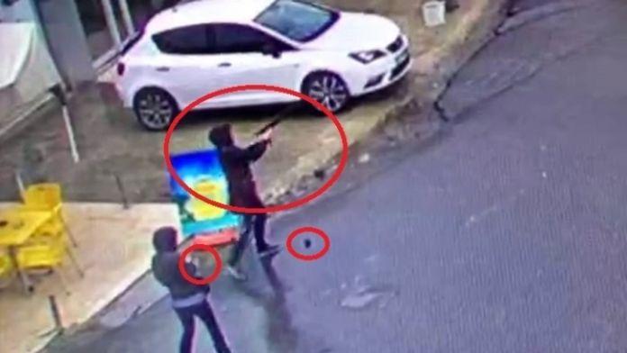 Çevik Kuvvet'e saldıran teröristler öldürüldü