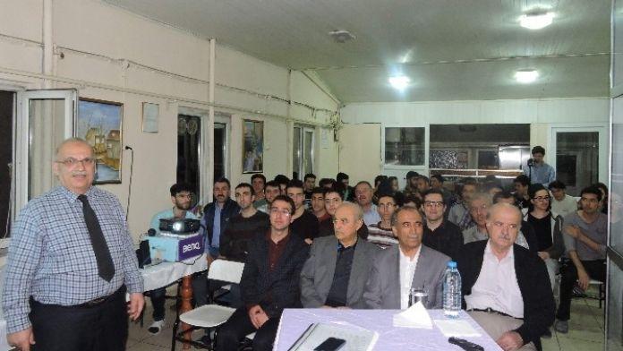 İhlas Vakfı Meram Yurdu'nda Konferans