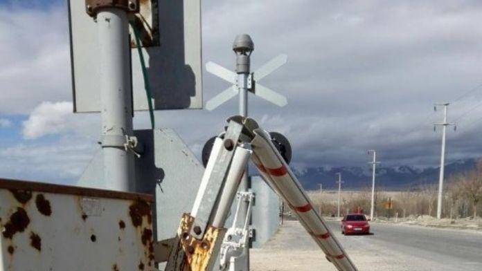 Şiddetli Rüzgar Trafik Işıklarına Ve Geçitlere Büyük Zarar Verdi