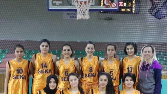 Nevşehir Gençlik Spor Kulübü Yıldız Kız Basketbol Takımı Bölge Şampiyonasına Katılıyor