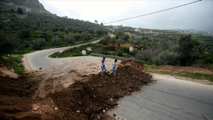 İsrail Nablus kenti ana girişlerini kapattı