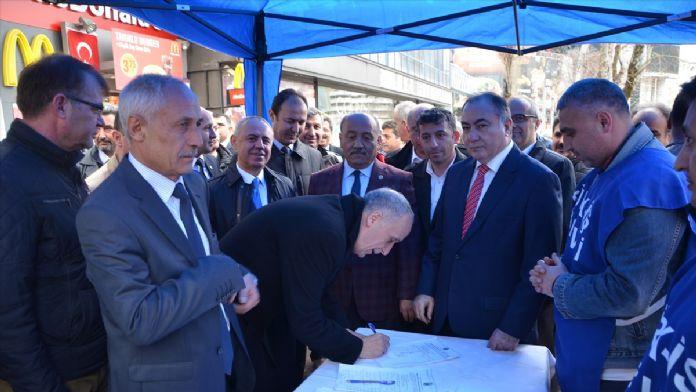 Türk-İş'ten 'esnek çalışma'ya karşı imza kampanyası