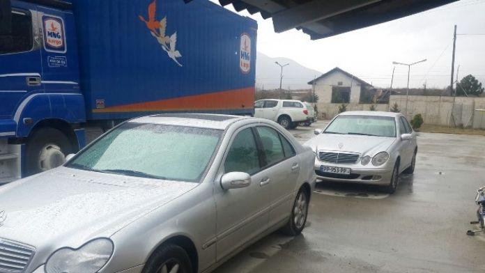 Kastamonu'da 2 Adet Kaçak Lüks Otomobil Ele Geçirildi