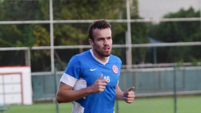 Antalyaspor'da Chico 4 hafta yok