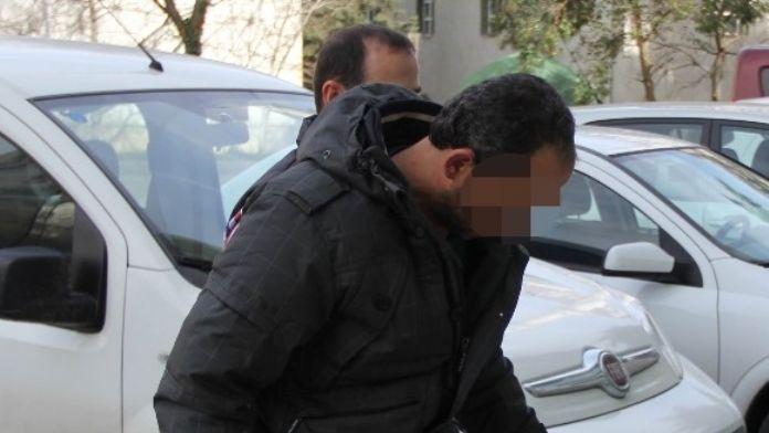 Otomobilinde Bin 521 Paket Kaçak Sigarayla Yakalandı