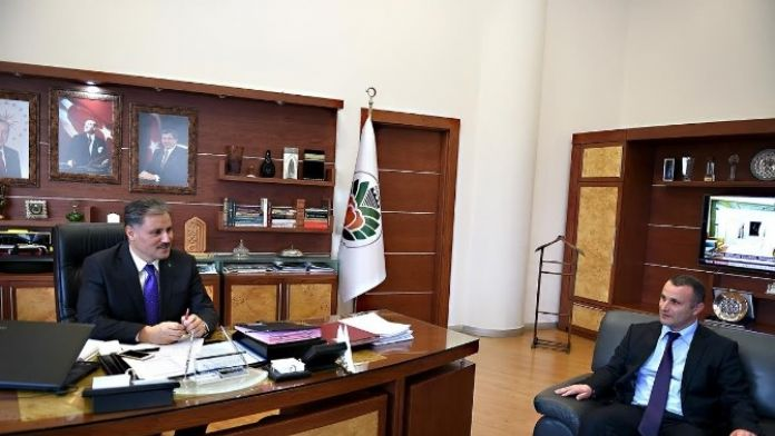 Mimarlar Odası Malatya Şubesi, Başkan Çakır'ı Ziyaret Etti