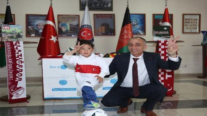 (Video) Turkey sends viral Afghan boy with home-made Messi shirt a 'Peace Ball Gift Pack''