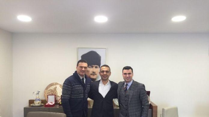 Hakan Ünsal, Mhk Başkanı Kuddusi Müftüoğlu'nu Makamında Ziyaret Etti