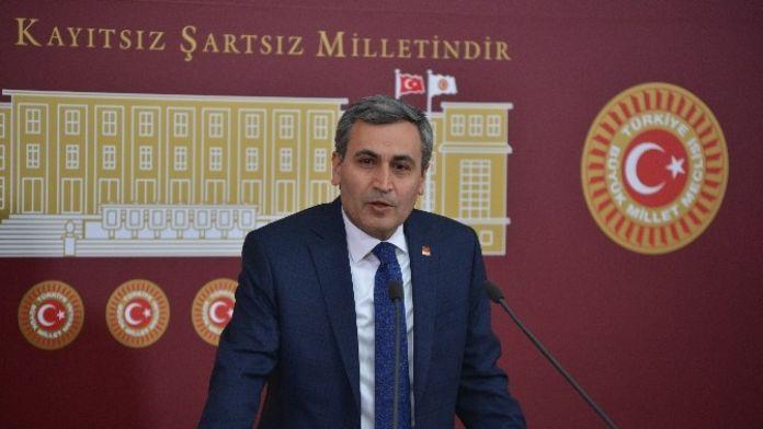 Atatürk'ün Resmini İndirdiği İddia Edilen CHP Ankara Milletvekili Yılmaz:
